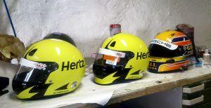 Helme in Arbeit